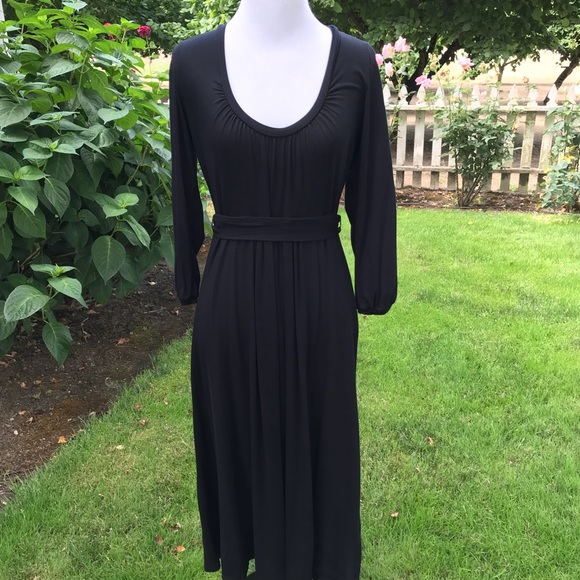 d6fc40ed011fa Boden Dresses   Skirts - Boden Scoop Neck Empire Tie Waist Dress Tie Waist